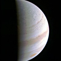 JUNO probe successfully completes first Jupiter flyby
